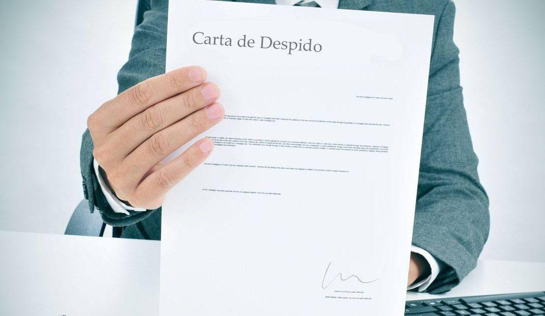 ¿Cómo despedir a un trabajador por incumplimiento de contrato?